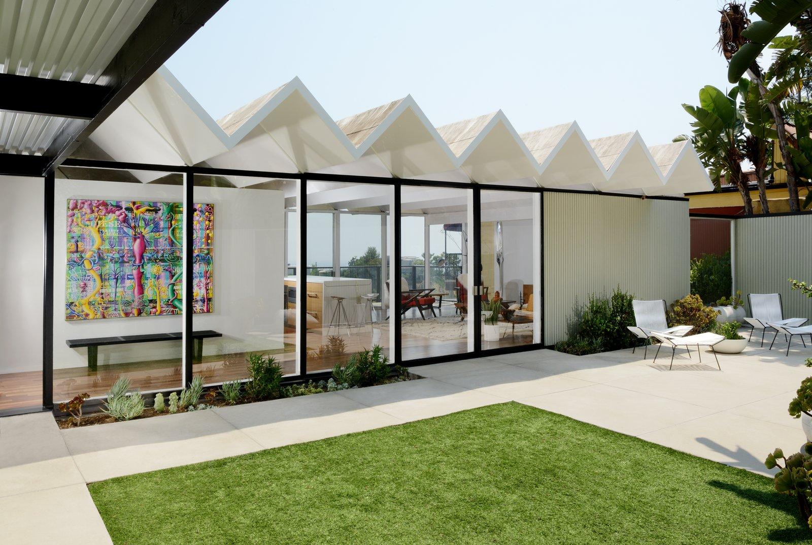 A Richard Banta Designed Midcentury In Los Angeles Asks $3.2M