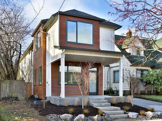 11 of Our Favorite Pacific Northwest Homes From the Community - Photo 11 of 11 -