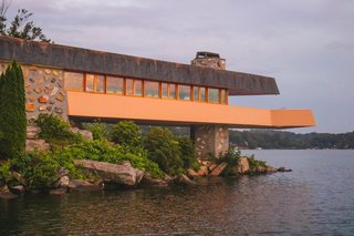 The home features the largest cantilever deck ever planned out by the architect.