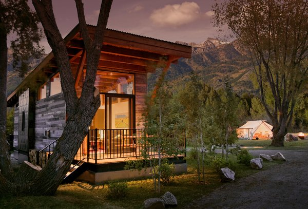 Fireside is just minutes from the Grand Teton National Park and local ski slopes.