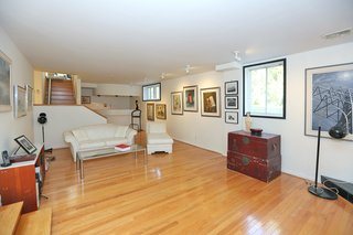 An Airy Toronto Estate For Sale Boasts Excellent Feng Shui - Photo 9 of 13 -