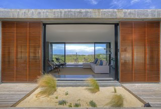 A New Book Reveals Some of the World's Most Incredible Vacation Rentals - Photo 14 of 25 -