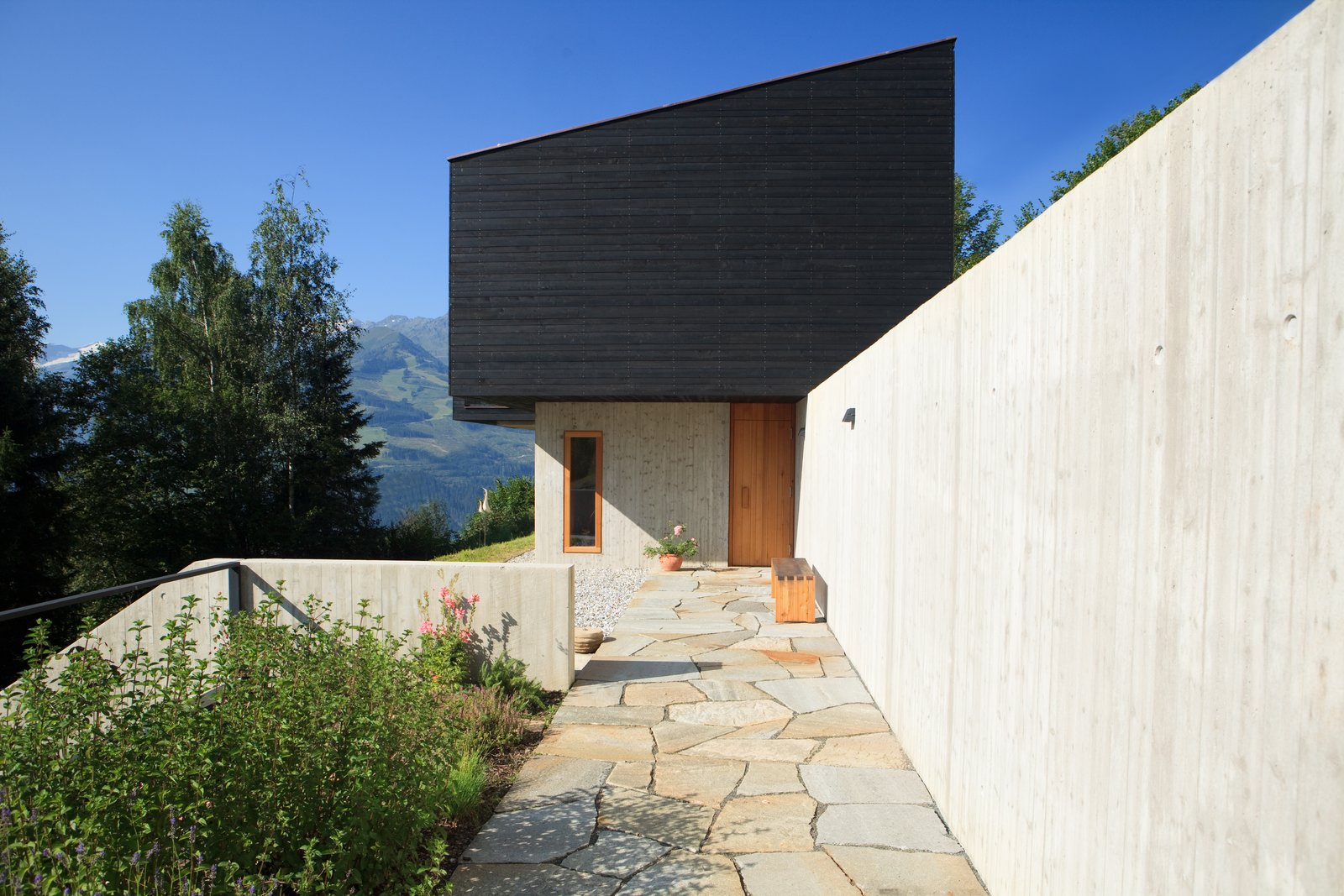 Exterior and House Building Type  Photos from A New Book Reveals Some of the World's Most Incredible Vacation Rentals