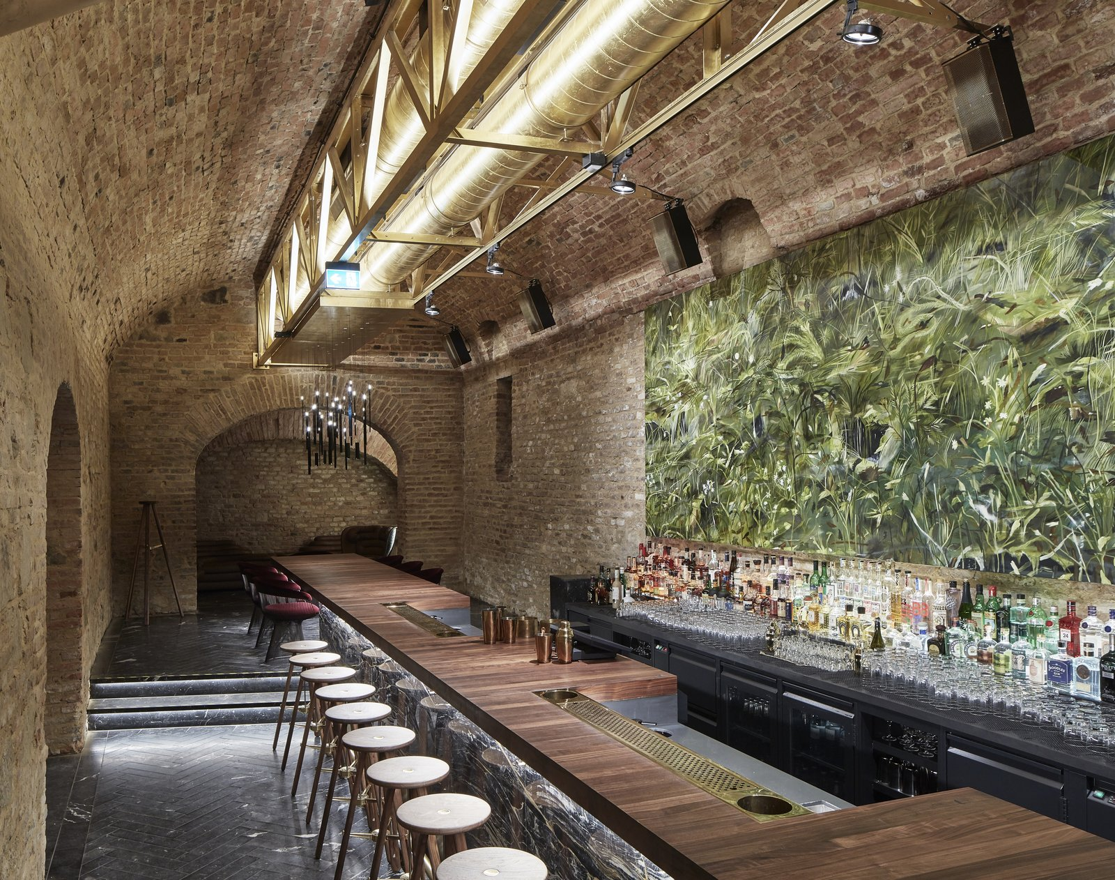 An Underground Speakeasy In Vienna Is Turned Into A Chic