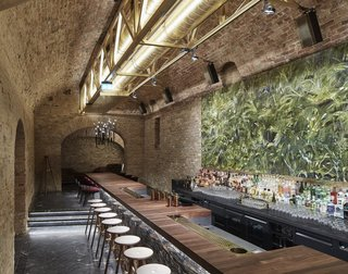 An Underground Speakeasy in Vienna Is Turned Into a Chic Cocktail Lounge