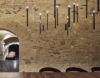 An Underground Speakeasy in Vienna Is Turned Into a Chic Cocktail Lounge - Photo 18 of 18 -