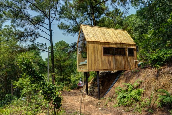 This Minimalist Cabin in Vietnam Is the Perfect Forest Escape - Photo 2 of 14 -