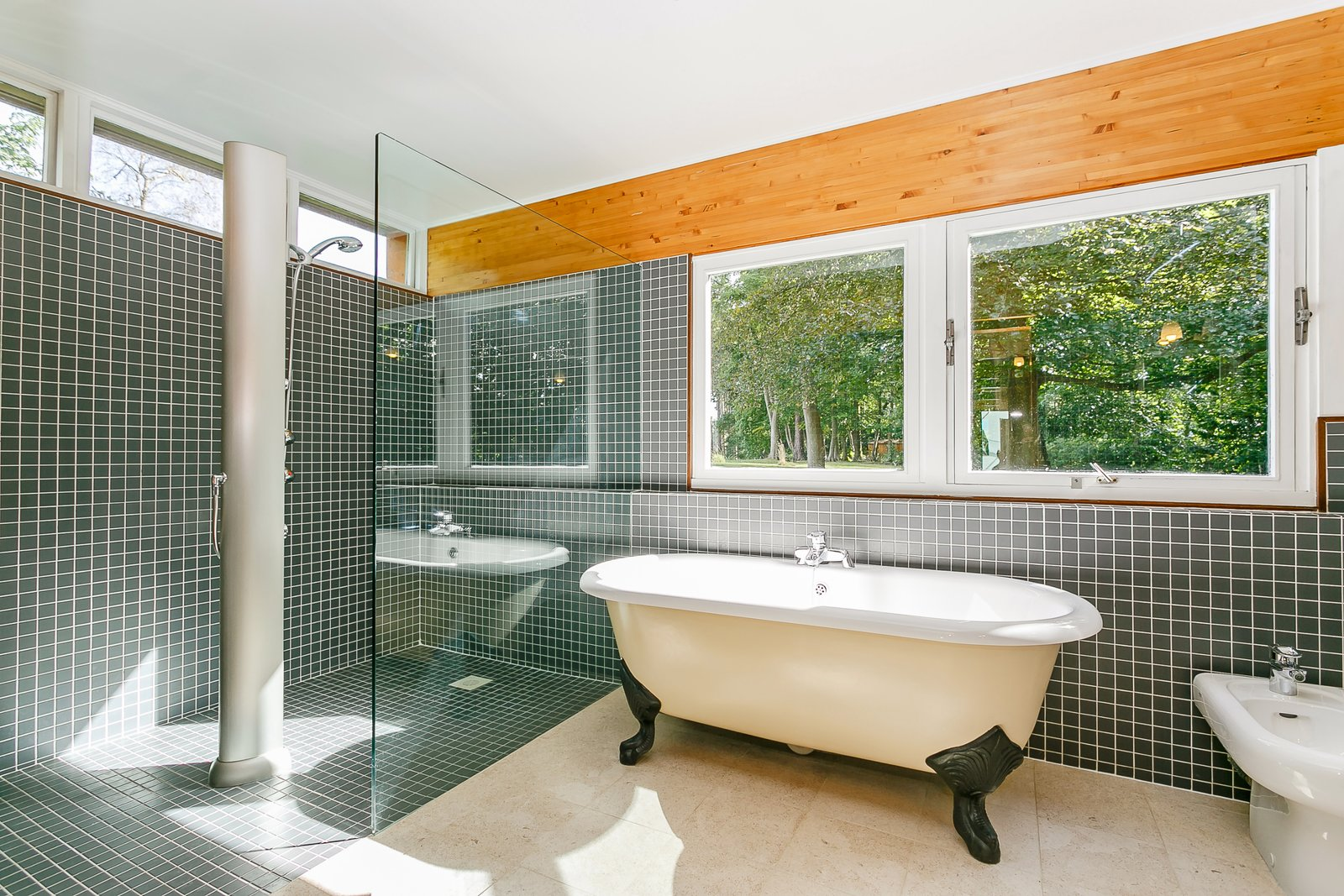 Bath, Freestanding, Open, Corner, and Ceramic Tile  Bath Corner Freestanding Ceramic Tile Photos from A Modernist Time Capsule by Erno Goldfinger Asks $4M