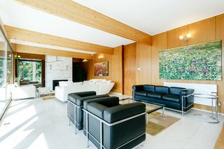 A Modernist Time Capsule by Erno Goldfinger Asks $4M - Photo 16 of 19 -