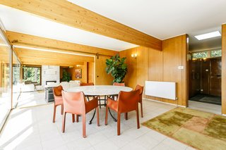 A Modernist Time Capsule by Erno Goldfinger Asks $4M - Photo 17 of 19 -