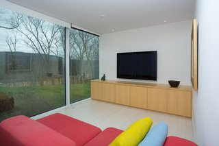 A Toshiko Mori-Designed Masterpiece in New York Wants $4.95M - Photo 10 of 15 -