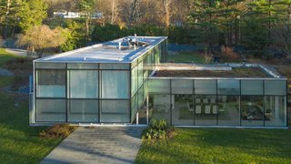 A Toshiko Mori-Designed Masterpiece in New York Wants $4.95M - Photo 3 of 15 -