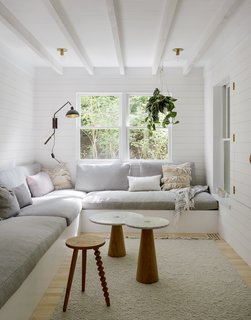 A Hamptons Beach Retreat Gets a Scandinavian-Style Makeover - Photo 8 of 19 -