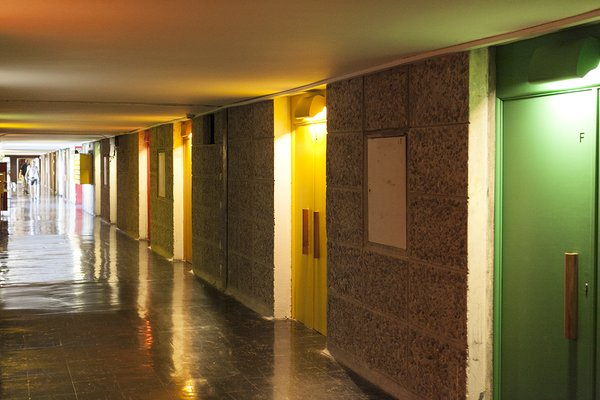 You Can Rent a Renovated Studio in Le Corbusier's Famed Cité Radieuse - Photo 4 of 12 -
