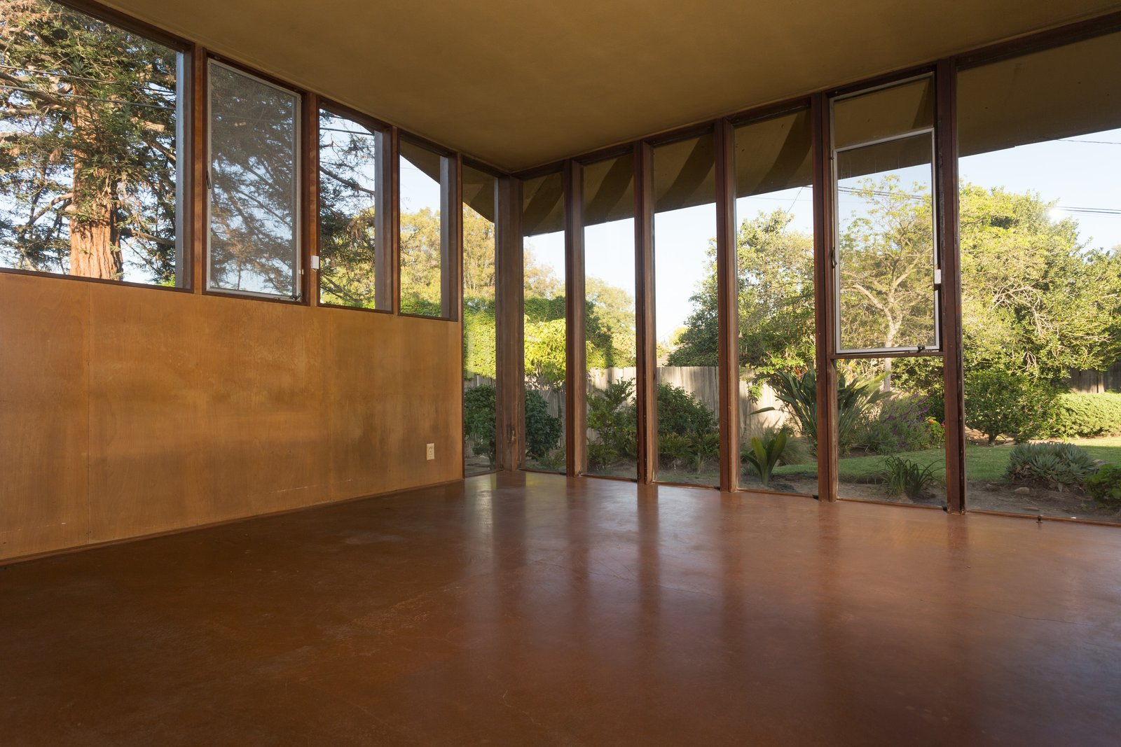 Windows and Wood  Photo 3 of 6 in A Pristine John Lautner Home in Long Beach Is Available For the First Time