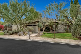 Devo Co-Founder Gerald Casale Lists His Palm Desert Midcentury For $1.2M