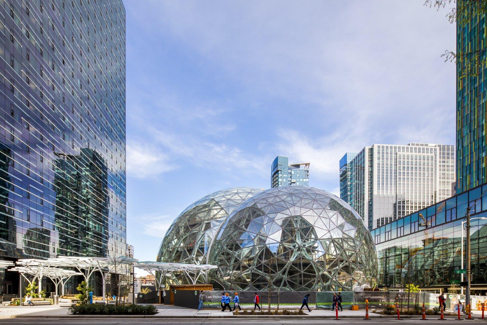 Meet Downtown Seattle's Newest Landmark: The Amazon Spheres