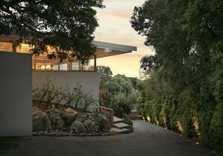 A Restored Midcentury Jewel by Richard Neutra Hits the Market at $13.5M - Photo 13 of 13 -