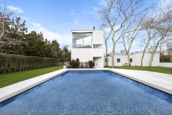 Modernist Charles Gwathmey's Personal Hamptons Home Asks $4.85M