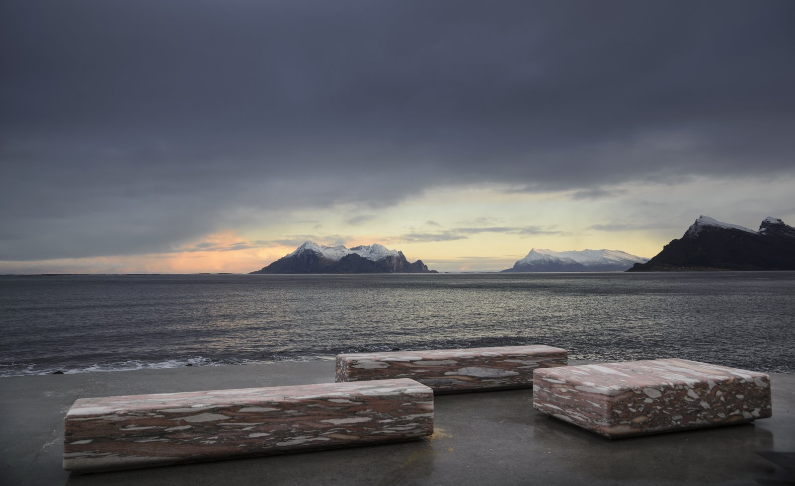 On the terrace, the benches are made from a distinctive marble that is typical of the Fauske region of Norway.
