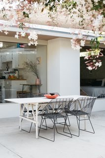 The home truly celebrates Californian indoor/outdoor living.