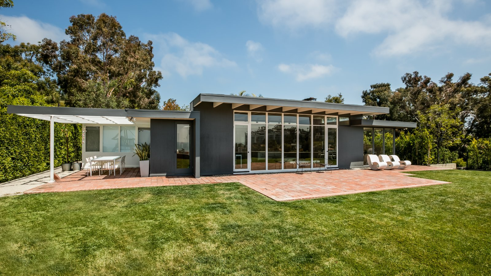 Case Study House 18 In L A Hits The Market At 10m And Includes Plans From Tom Kundig