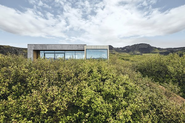 A Timber-and-Concrete Summer House in Iceland Boasts Breathtaking Views