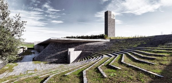 The Sancaklar Mosque is a privately funded mosque built on the outskirts of Istanbul for the clients' extended family and the local community. As you can see above, this structure by EAA-Emre Arolat Architecture has been radically imagined.
