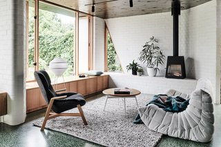 The addition now forms a comfortable and fully functional social heart for the home.