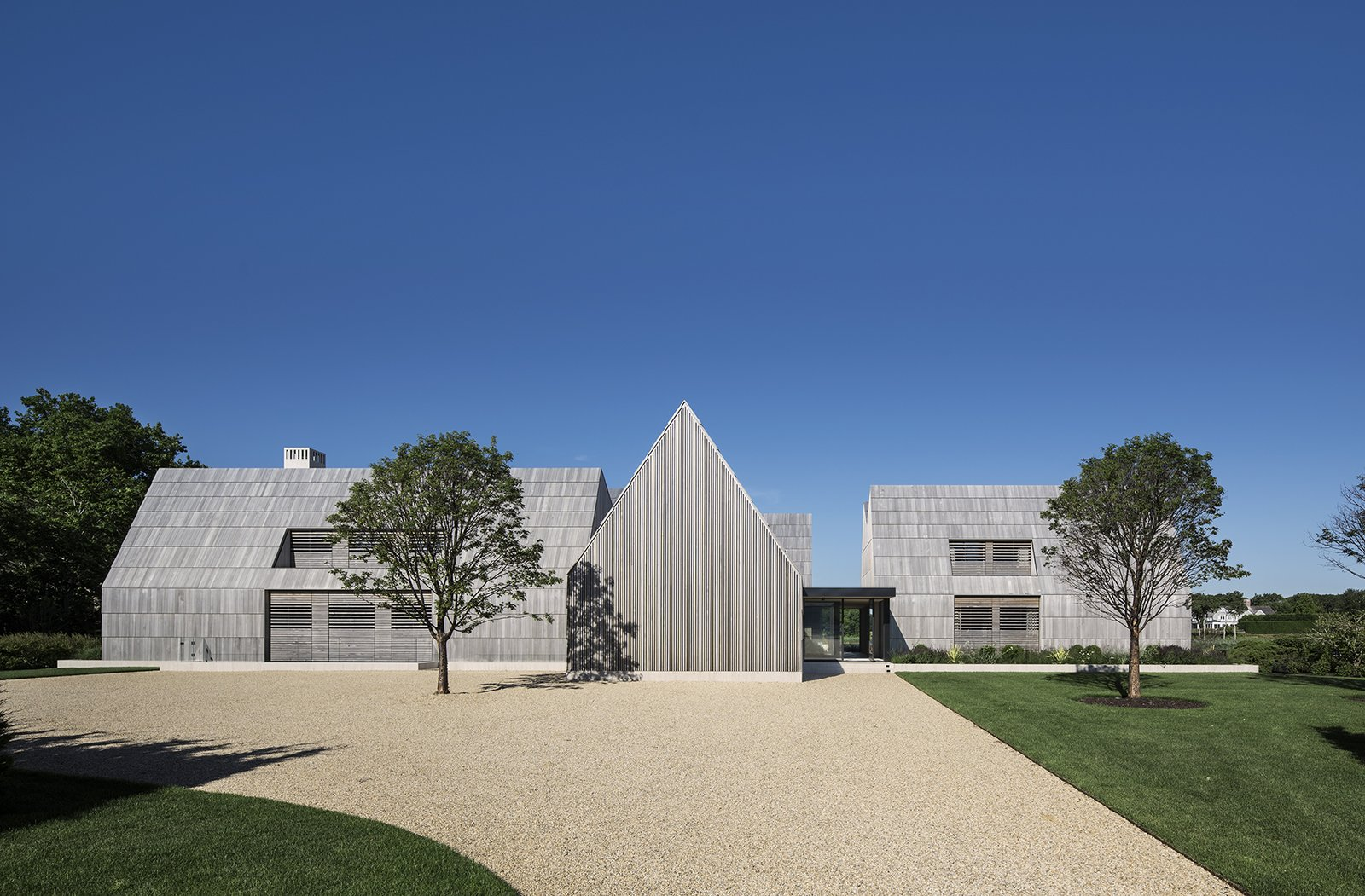 Independent Volumes Make Up This Unique Hamptons Home