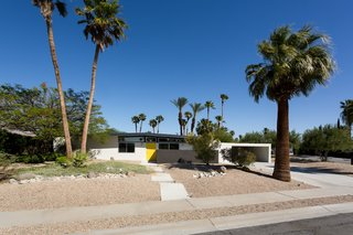 A Donald Wexler Midcentury in Palm Springs Is Listed For $725K - Photo 13 of 13 -