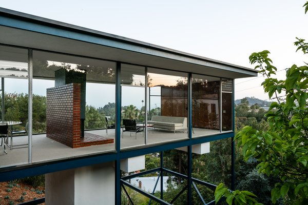 Craig Ellwood's Iconic Smith House in L.A. Is Listed For $3M