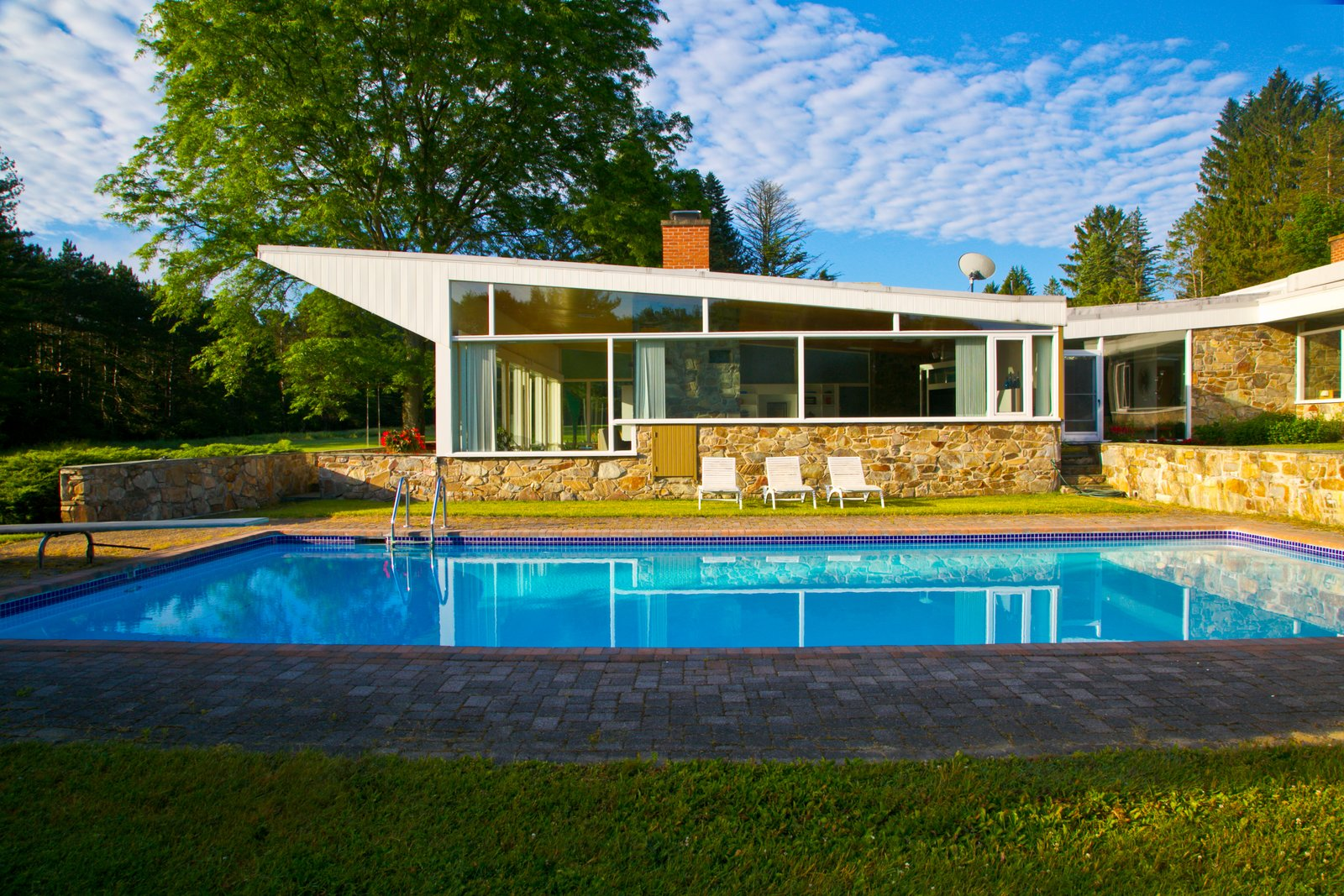 A Marcel Breuer Designed Midcentury Is Listed For 1 9m