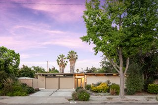 An Updated Orange County Eichler Hits the Market at $1M - Photo 15 of 15 -