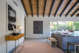 Recessed lighting keeps the interiors elegant and bright.