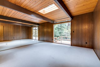 Skylights and sliding doors exist throughout.