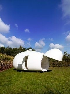 The Blob's nose can be opened automatically, and it functions as a little porch.