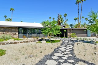 A William Krisel-Designed Midcentury in Palm Springs Lists For Under $1.2M