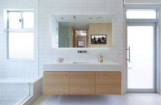 A view of the other master bathroom.