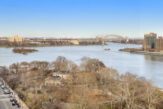 A peek at the penthouse's unobstructed river, park, and bridge views.