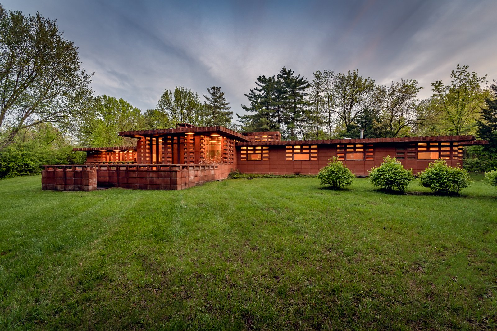 Exterior, House Building Type, Concrete Siding Material, Flat RoofLine, and Mid-Century Building Type  Photo 1 of 21 in Frank Lloyd Wright's Pappas House in St. Louis Is Available For the First Time at $1.2M