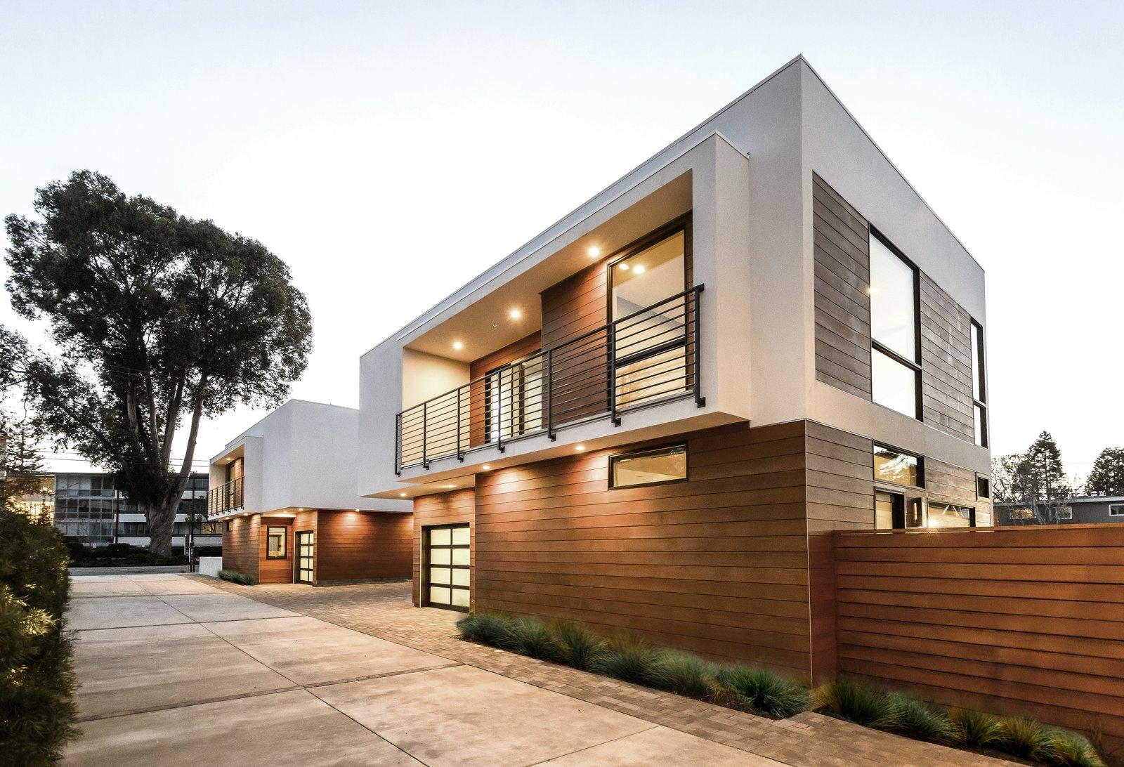 Outdoor  El Camino Real Triplex by Todd Davis Architecture