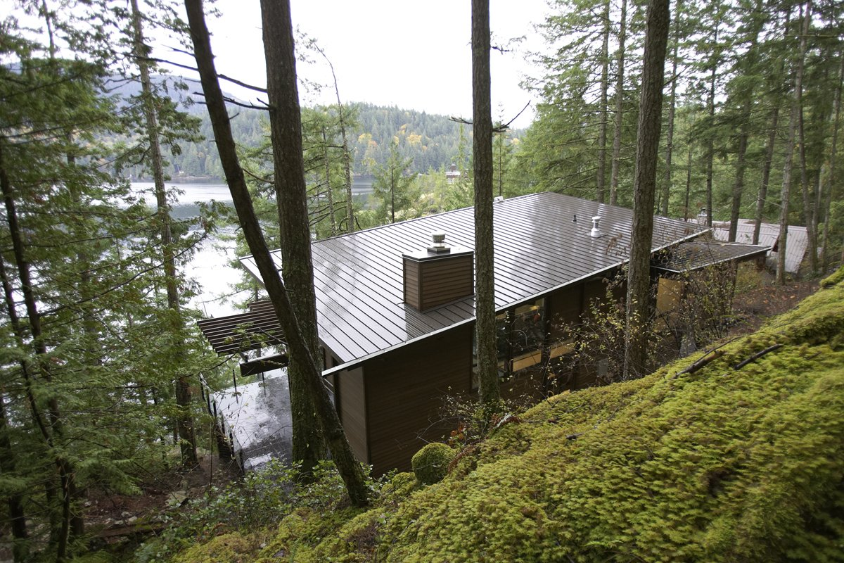 Exterior, House Building Type, Metal Roof Material, and Cabin Building Type  Photo 3 of 6 in Turkel Design's Award-Winning Gambier Island House