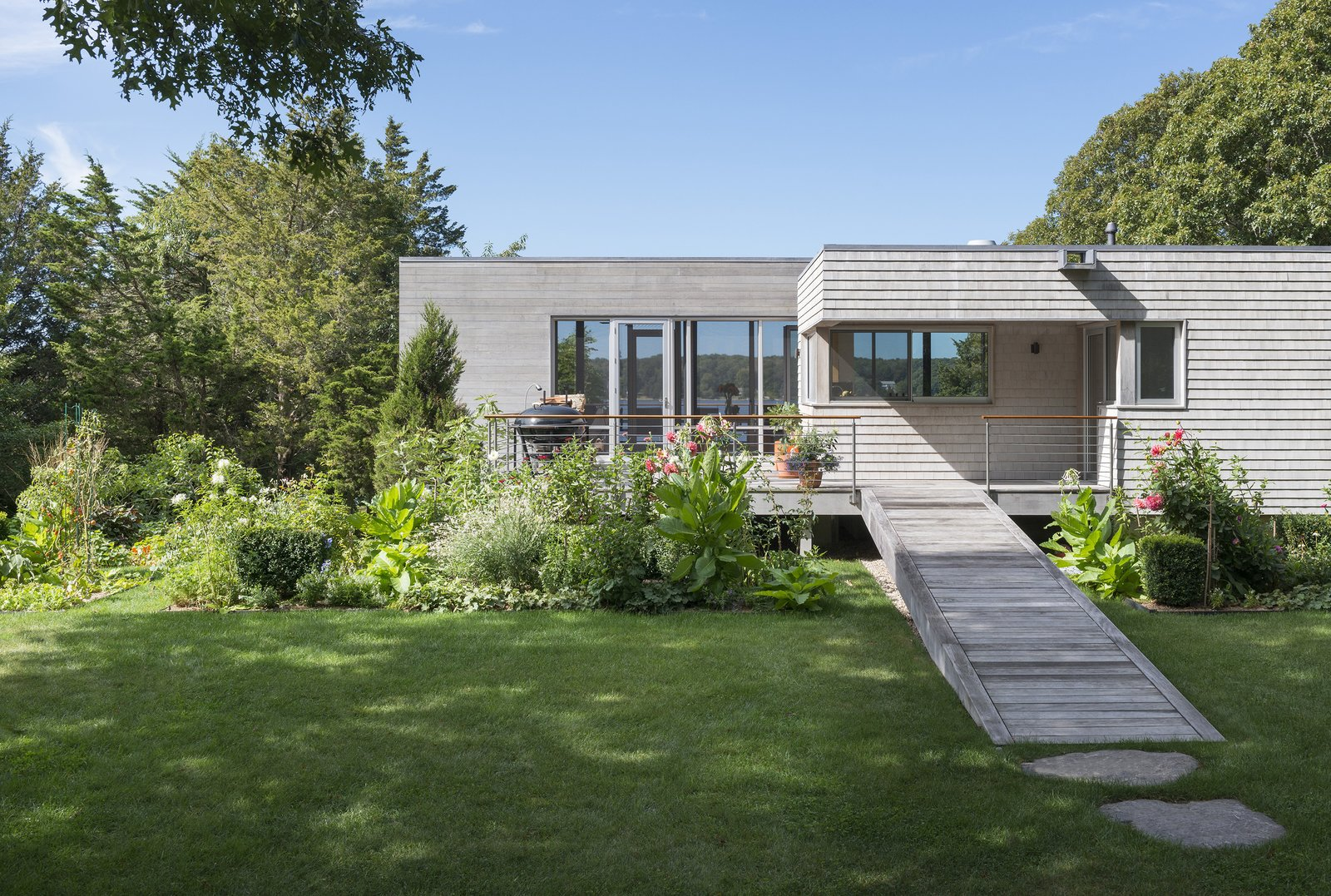 Westport River House by Ruhl Walker Architects
