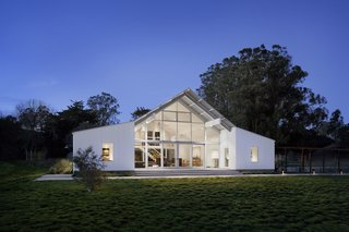 Top 5 Homes of the Week With Striking Glass Walls