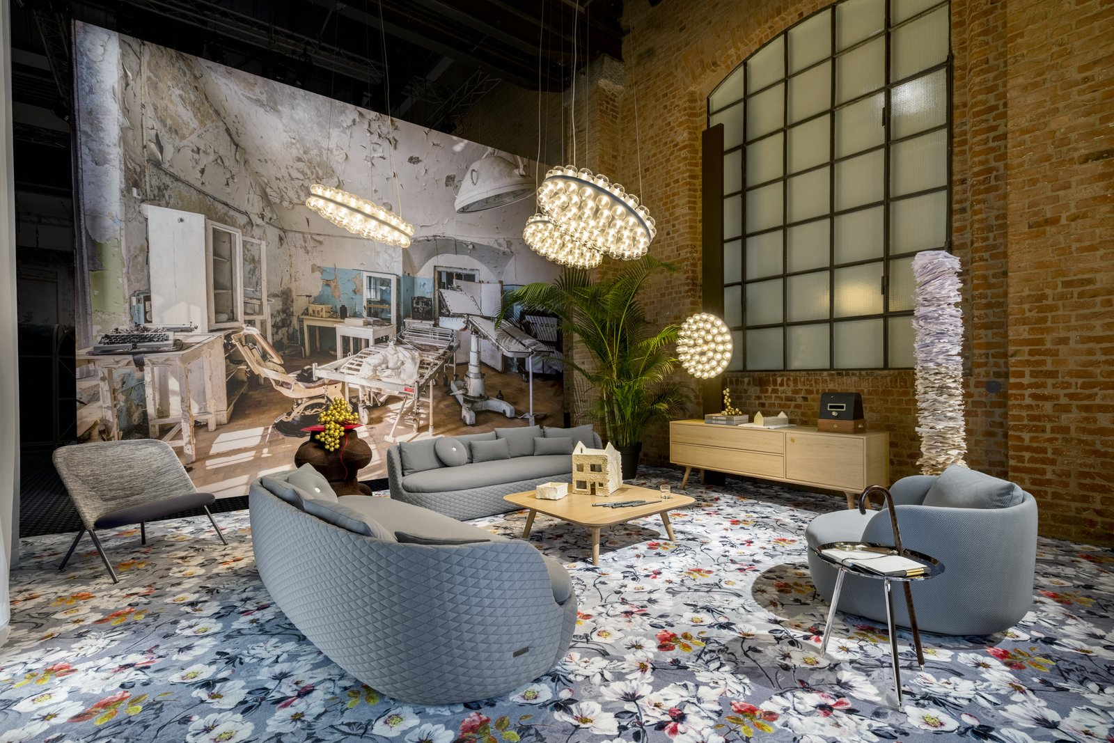 Photo 3 of 4 in Moooi Carpets