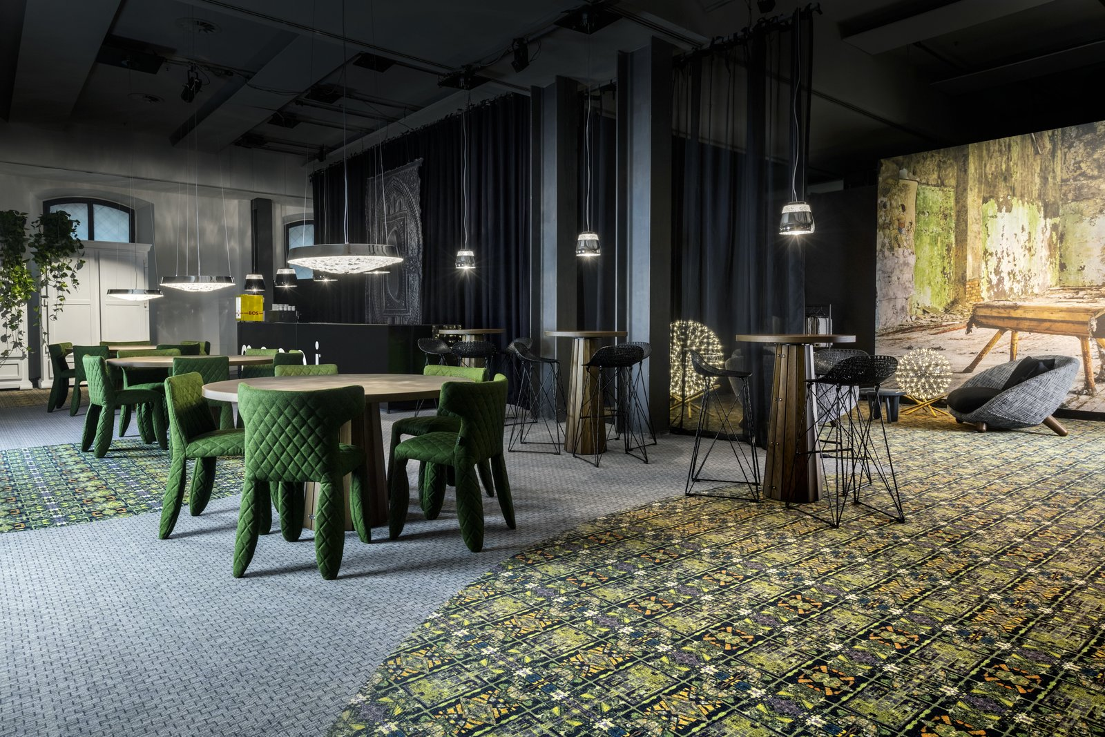Photo 4 of 4 in Moooi Carpets