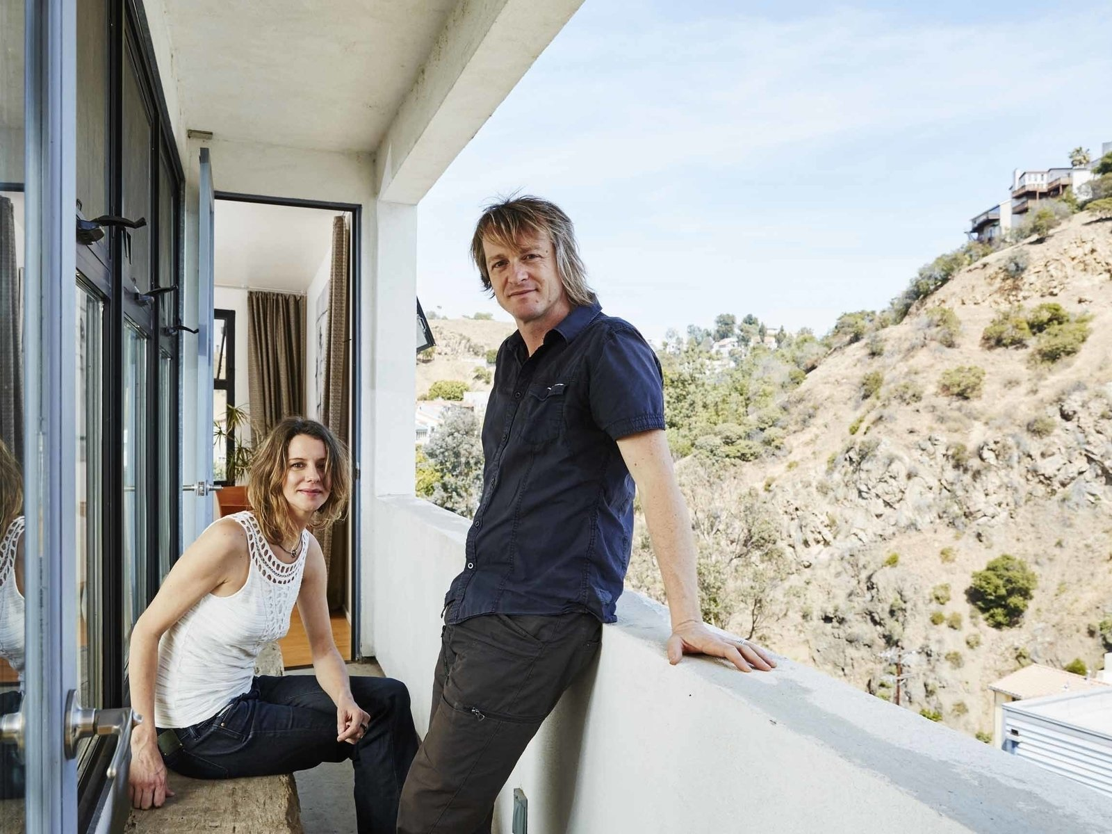 A Modern Los Angeles Airbnb Inspired By Hosting