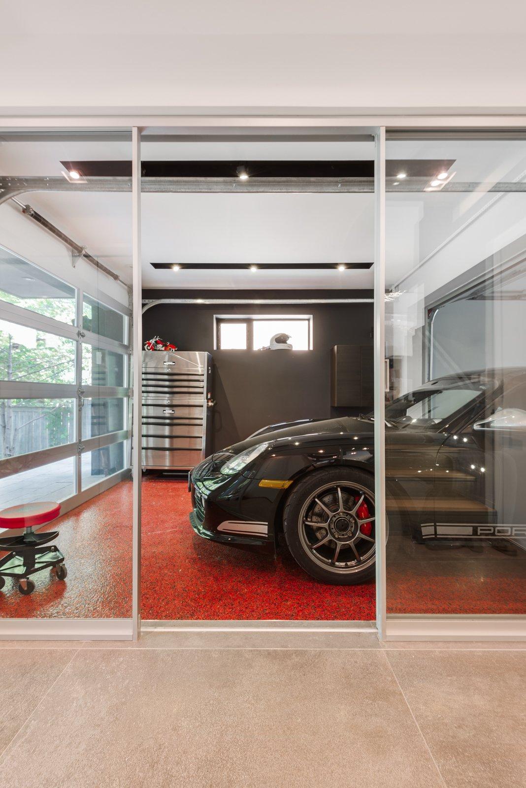 Garage  FA2 House by Revelateur Studio