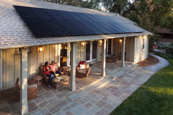 Based in the Silicon Valley since 1985, SunPower holds over 600 patents for solar technology worldwide. With years of experience in the commercial and utility sectors, the company has also developed a resilient and robust solution for the home.